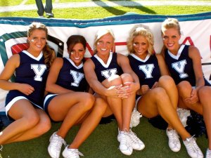 BYU-Cougars-Cheerleaders